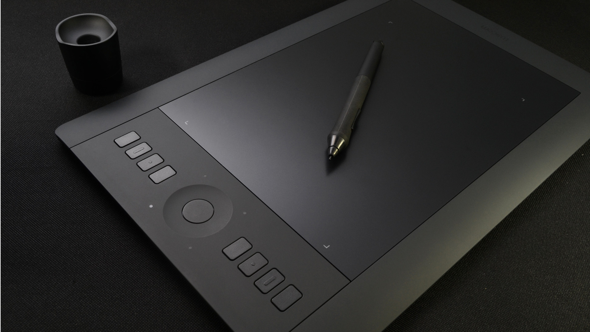 Side shot of a Wacom Intuos Graphics tablet