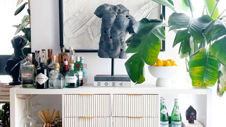 IKEA KALLAX transformed into a home bar