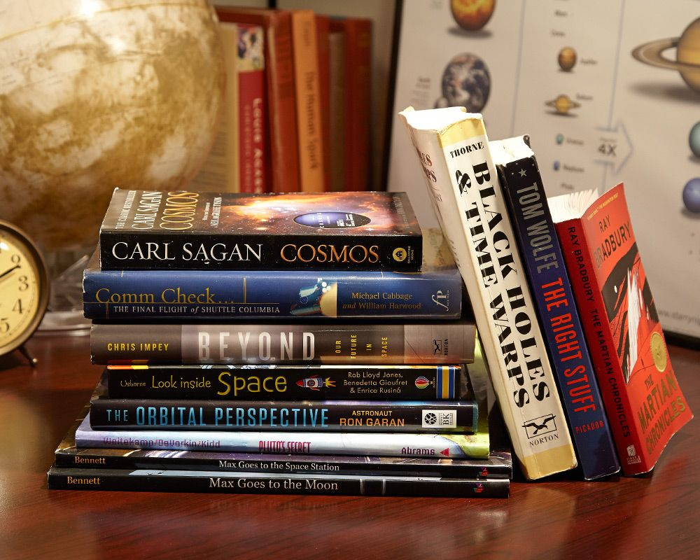 Best space and sci-fi books