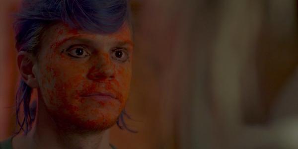Evan Peters in Cult