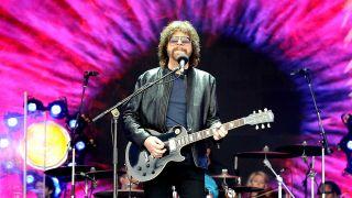Jeff Lynne onstage