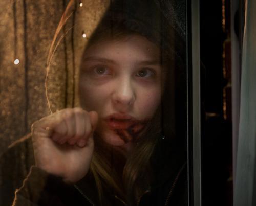 Let Me In - Chloe Moretz