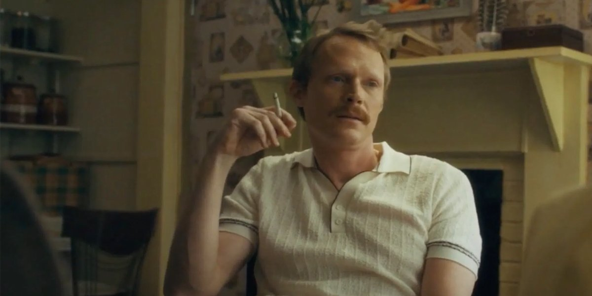 Why Paul Bettany Likes That His Uncle Frank Character Is A Smoker