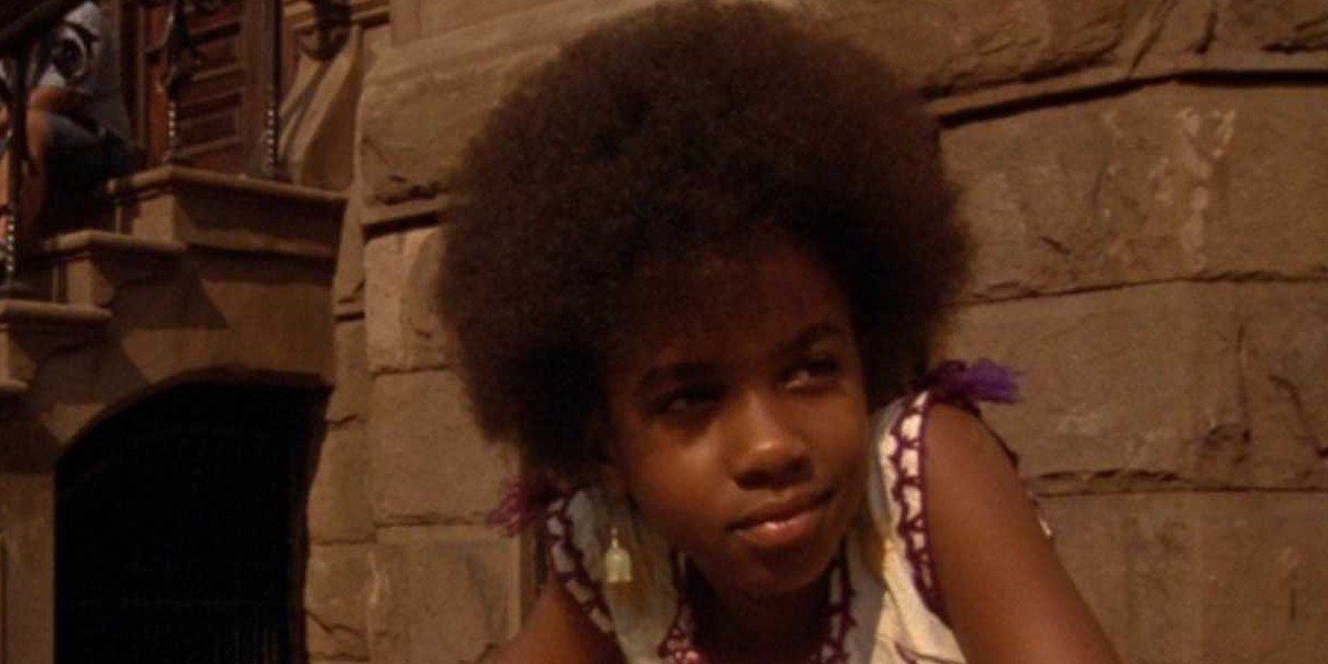 Zelda Harris as Troy