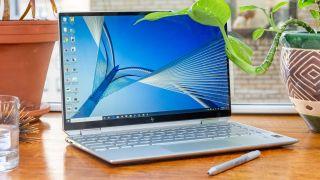 Ofreciendo belleza y potencia, la HP Spectre x360 13 se encuentra entre las mejores computadoras portátiles de 13 pulgadas. & Nbsp;