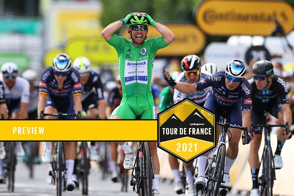 CHATEAUROUX FRANCE 01 JUILLET Le 108e Tour de France 2021 niveau 6 1606 km devant le Britannique Mark Cavendish et le maillot de l'équipe Destiny Quickstep Greenpoints Jasper Phillipson de Belgique et l'équipe Albacenfenix.  Satarrox France Photo 20 Tim Tim de Velgetti Images