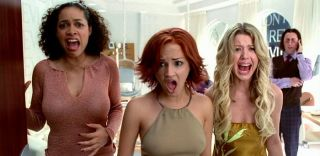 Rosario Dawson, Rachael Leigh Cook, and Tara Reid in 'Josie and the Pussycats'