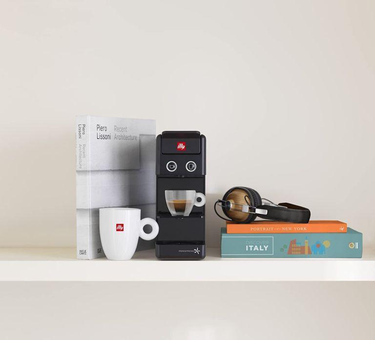 Illy Y3.3 Iperespresso coffee machine review