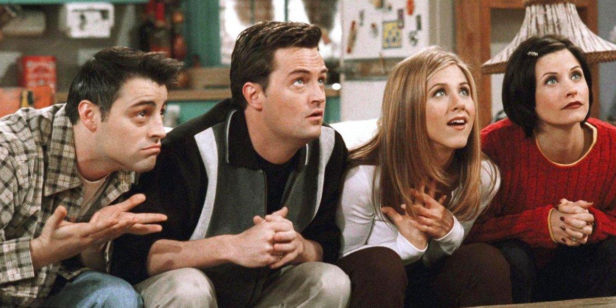Matt LeBlanc, Matthew Perry, Jennifer Aniston, and Courtney Cox on Friends