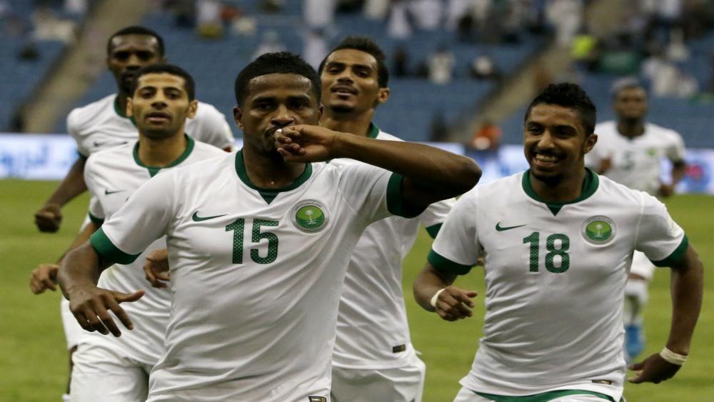 Afc Champions League Wrap Al Hilal Go Top Fourfourtwo