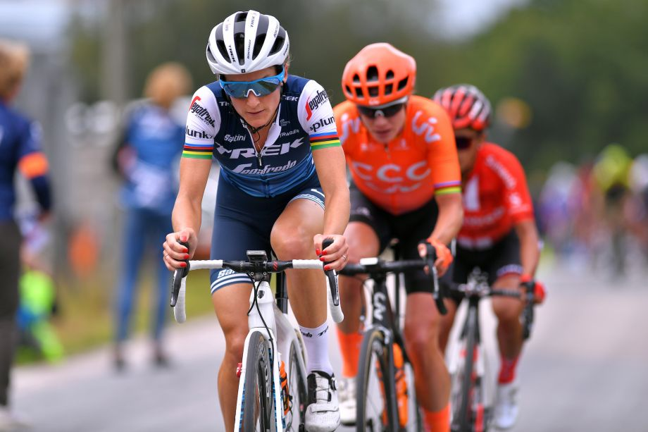 Lizzie Deignan: 'I feel responsible to prove you can be both a pro rider and a mother'