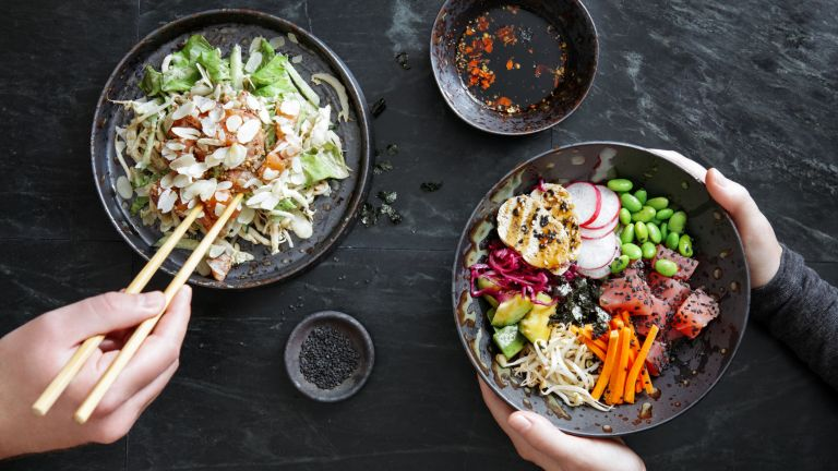 Poke salad bowls