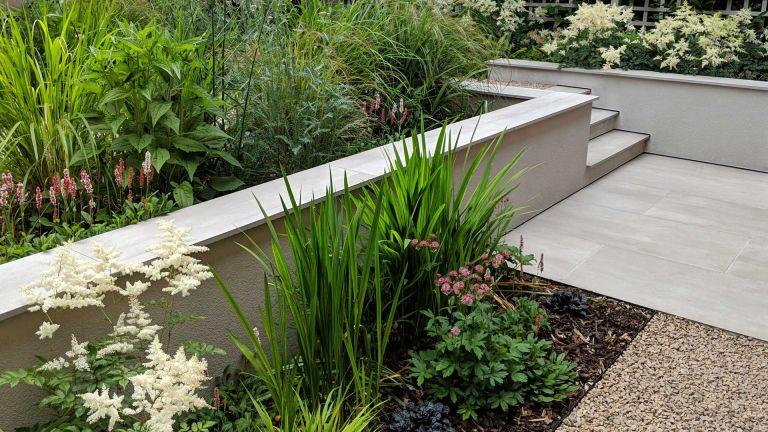 Kirman design - garden border ideas