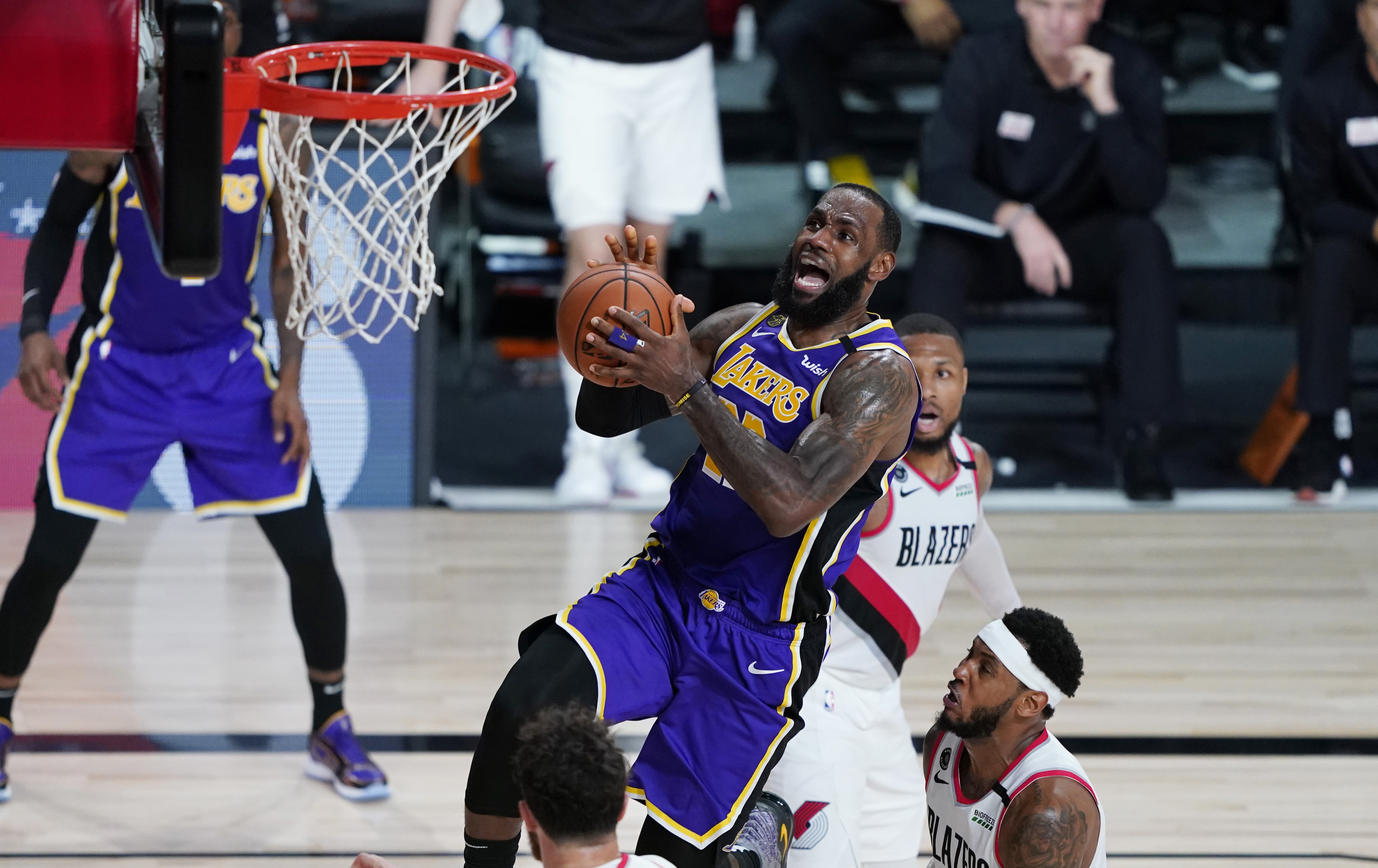 Lakers Vs Trail Blazers Live Stream How To Watch Game 5 Of The Nba Playoffs Online Tom S Guide