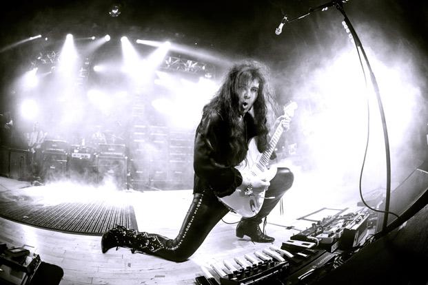 Cracking the Code with Troy Grady: Yngwie Malmsteen's Rotational Picking Mechanic | Guitarworld