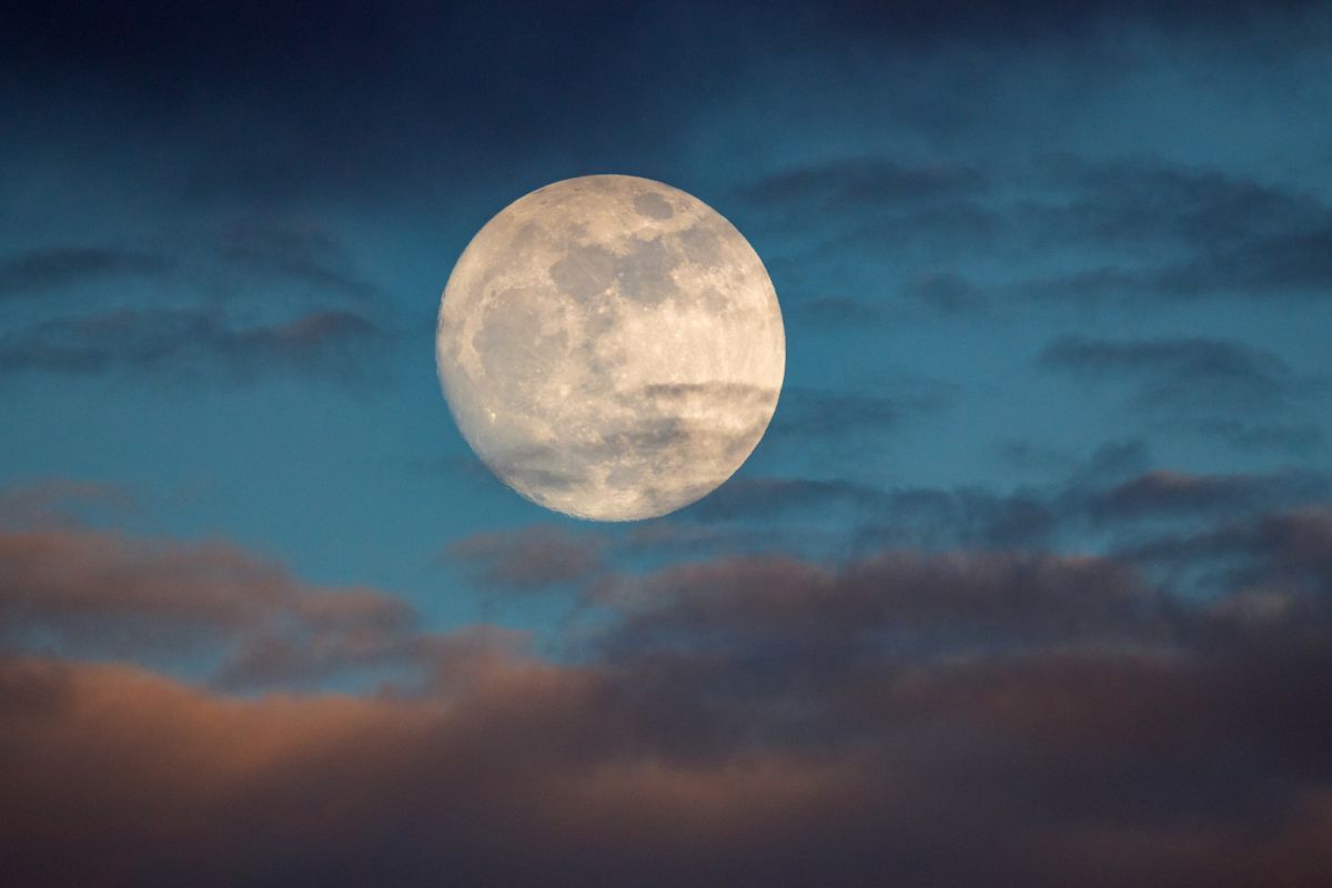 Full Moon Calendar 2021: When will you see the next full moon?