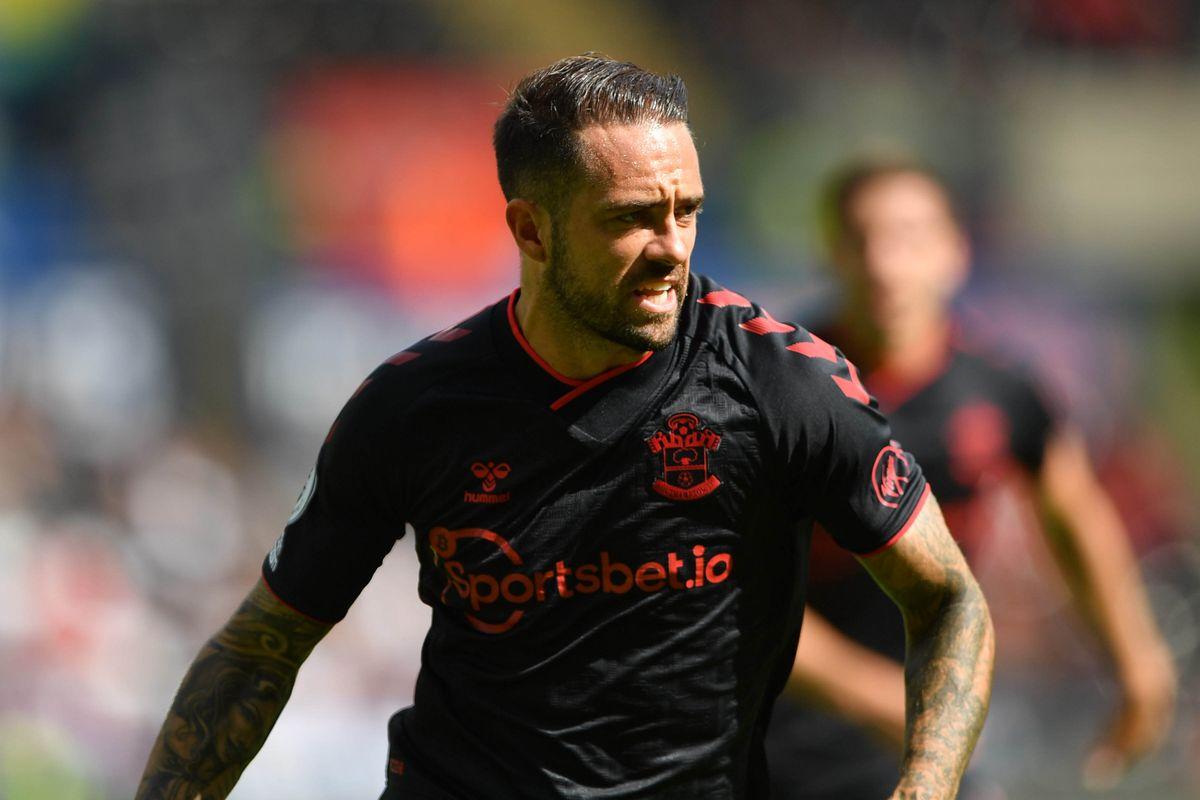 Aston Villa sign striker Danny Ings from Southampton