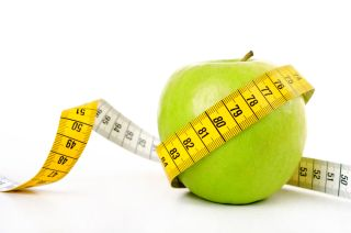 apple, waist circumference, measuring tape