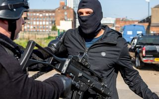 Armed robbery takes place in Emmerdale