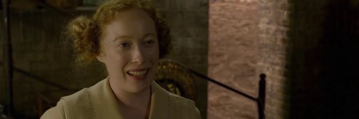 Victoria Yeates in Fantastic Beasts: The Crimes of Grindelwald