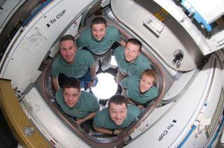 Endeavour Shuttle Astronauts Headed for Florida Landing