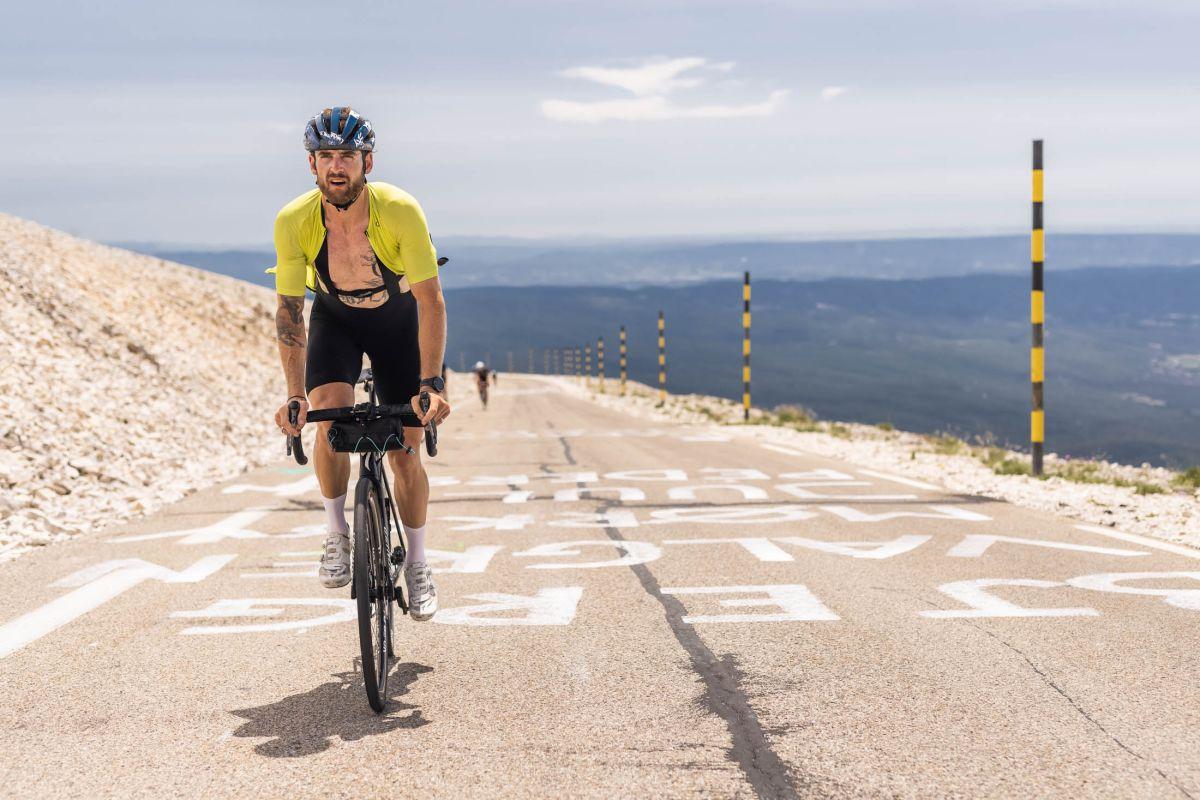 A tremendous chase: How Jack Thompson rode your complete Tour de France route and beat the peloton to Paris