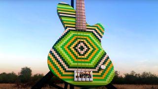 Burls Art Lego bass