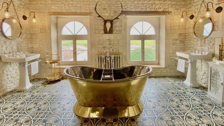 Beige bathroom ideas: Beige, white and brass bathroom by Industville