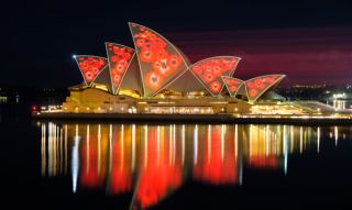 Christie Crimson 3DLP laser projectors transformed the iconic sails of the Sydney Opera House into a digital canvas to celebrate the Hindu festival of Diwali, and to observe Remembrance Day.