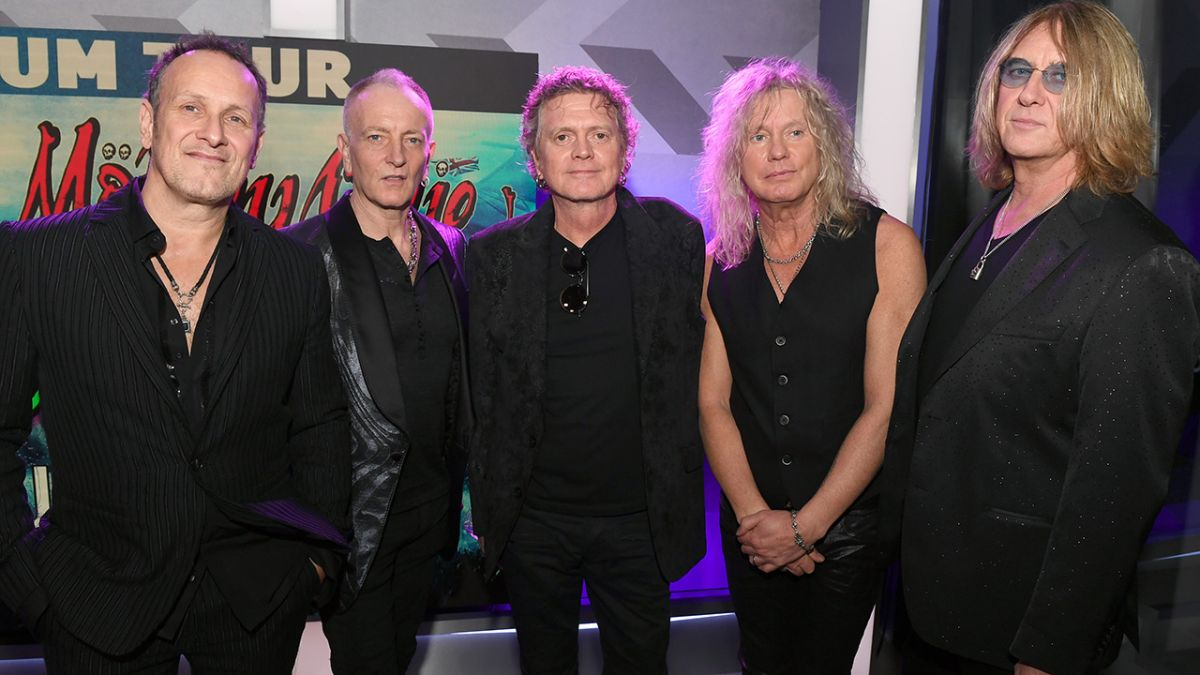 Go behind the scenes with Def Leppard as they reveal epic summer tour