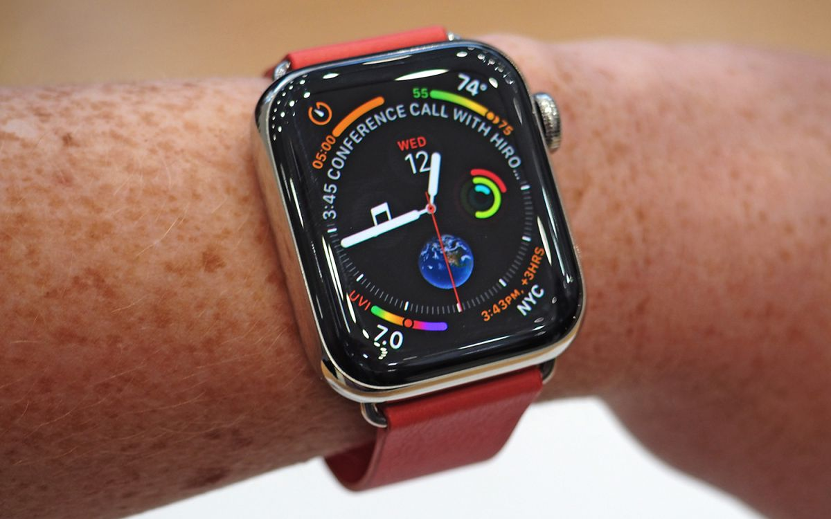 https://www.tomsguide.com/us/apple-watch-series-4-review-roundup,review-5752.html