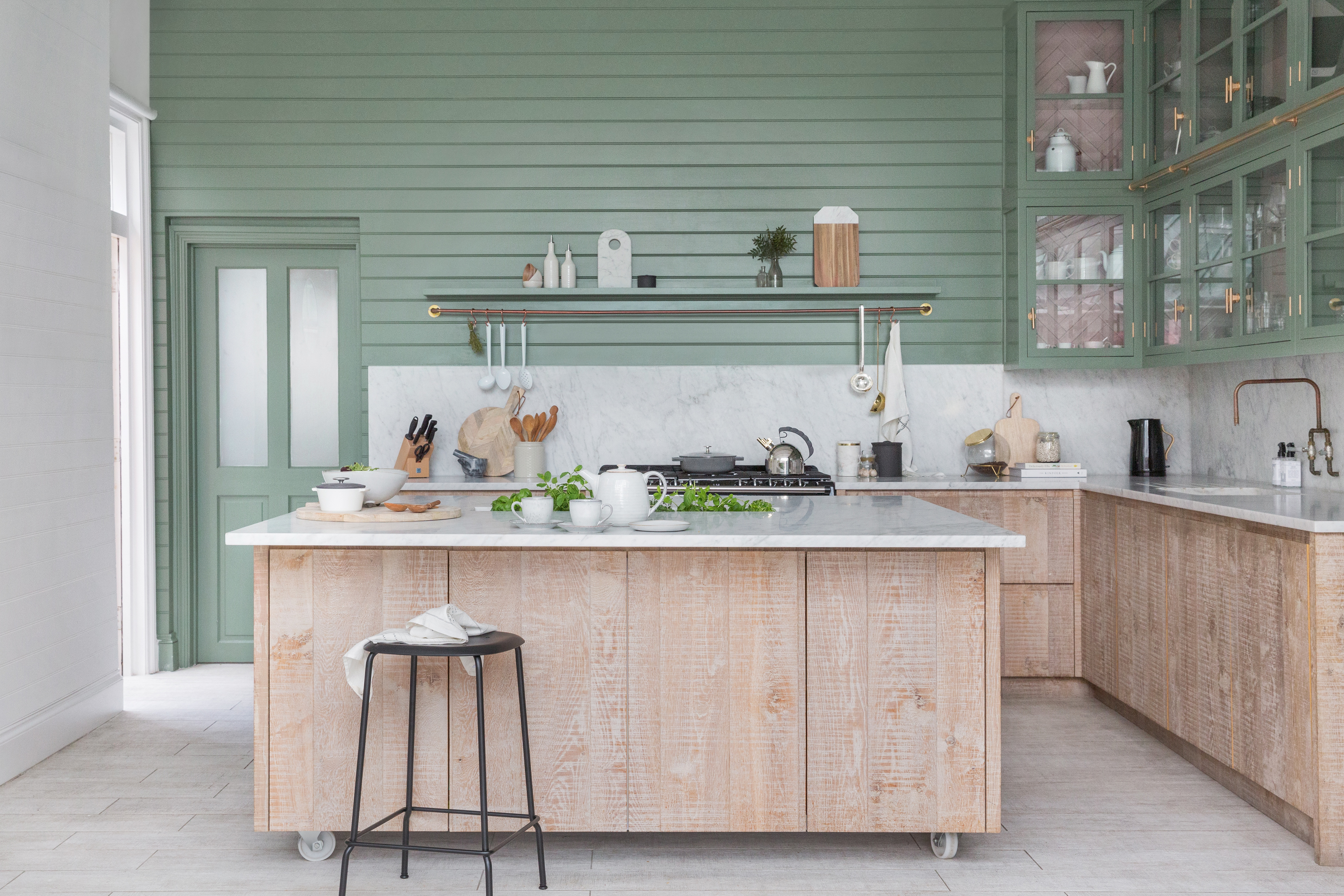 Make a new kitchen cost less: 14 clever ways to cut the cost ...