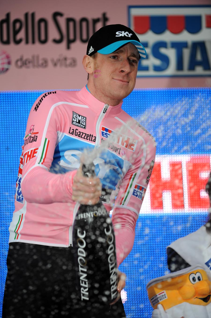 Wiggins Giro pink jersey stage one