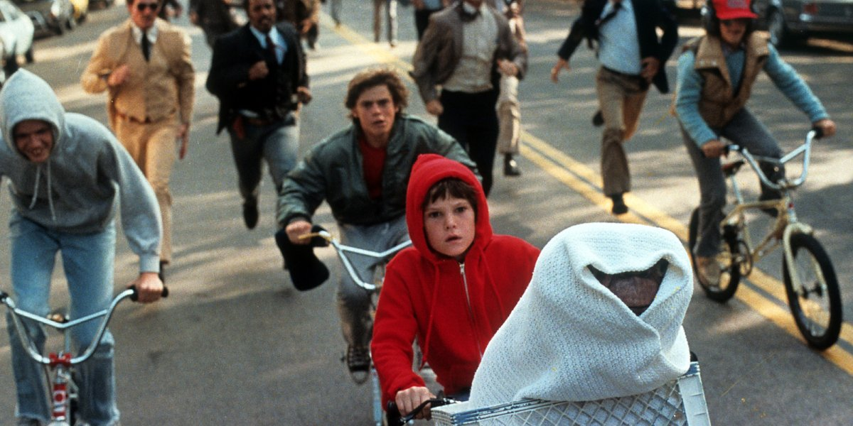 Elliott and the gang on their bikes in E.T. the Extra-Terrestrial