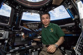 Astronaut 'Story Time' Group Raising Funds to Put Kids
