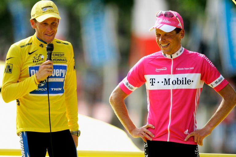 Lance Armstrong with Jan Ullrich on the on the 2005 Tour de France podium