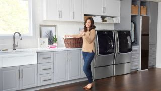 Save a huge $600 on this LG washer with Best Buy's Presidents' Day appliance deals