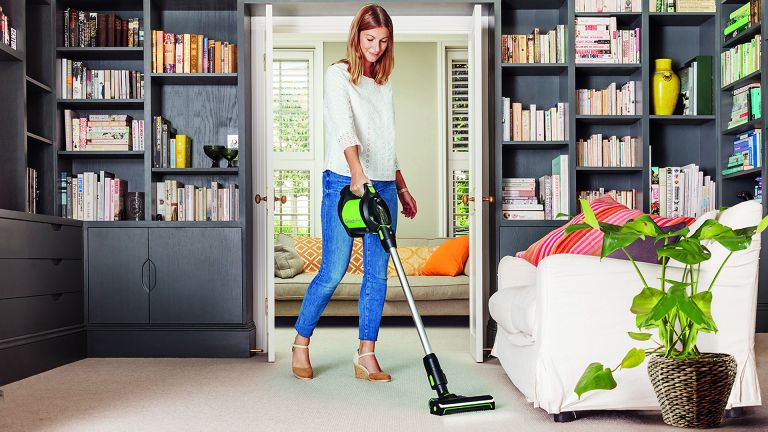 Best Cordless Vacuum Cleaner 2020 Easier Cleaners For Your