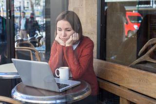 sad woman, depressed woman, laptop