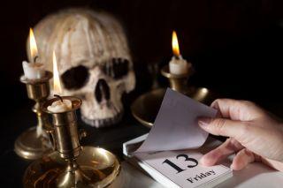 friday13-skull-02