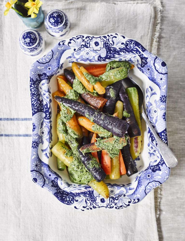Heritage carrots with tahini dressing)