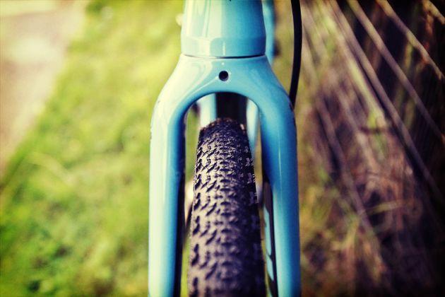 Überprüfen Sie den Kotflügelabstand, wenn Sie breitere Rennradreifen auswählen