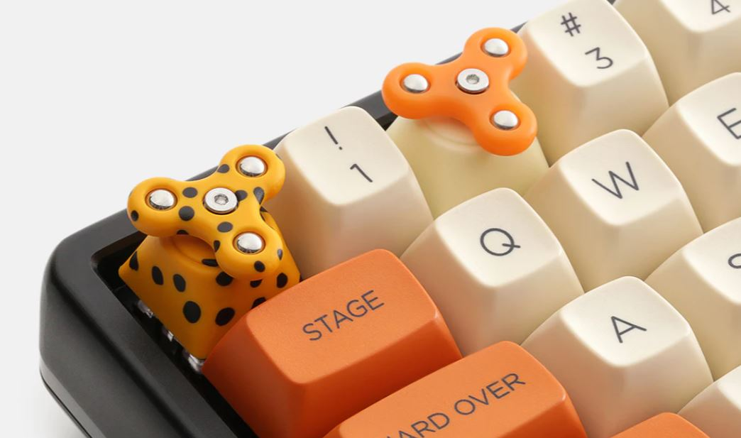 Lose your soul but save $10 on a custom fidget spinner keycap