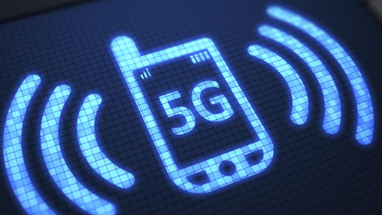 5G Speeds Australia world's first' 5g public trial switched on in australia