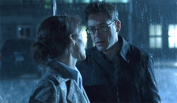 Halle Berry and Robert Downey Jr. in Gothika