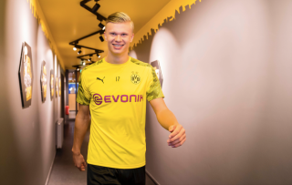 How Do You Deal With Being The Most Sought After Teenager In The World Erling Haaland Just Scores Goals Fourfourtwo