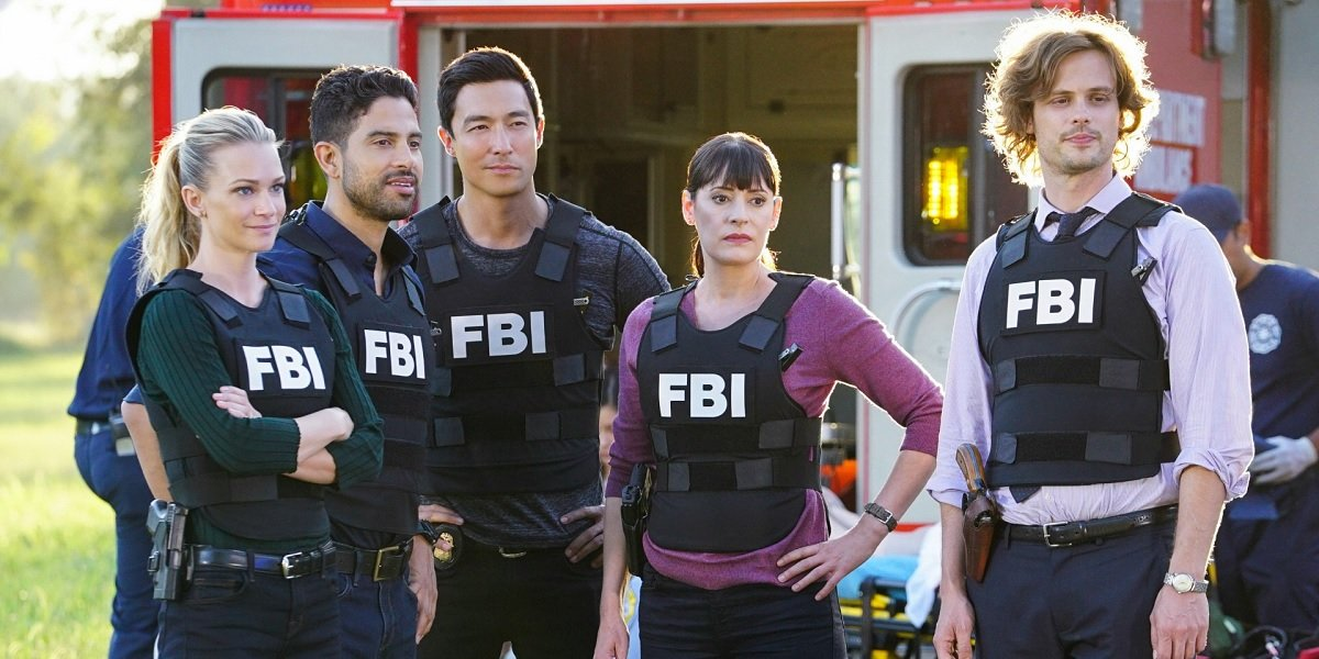 Matthew Gray Gubler, A.J Cook, Paget Brewster, Adam Rodriguez, and Daniel Henney in Criminal Minds S