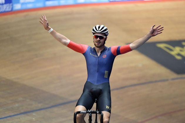 Jon Dibben wins points race, Revolution round 5 January 2016