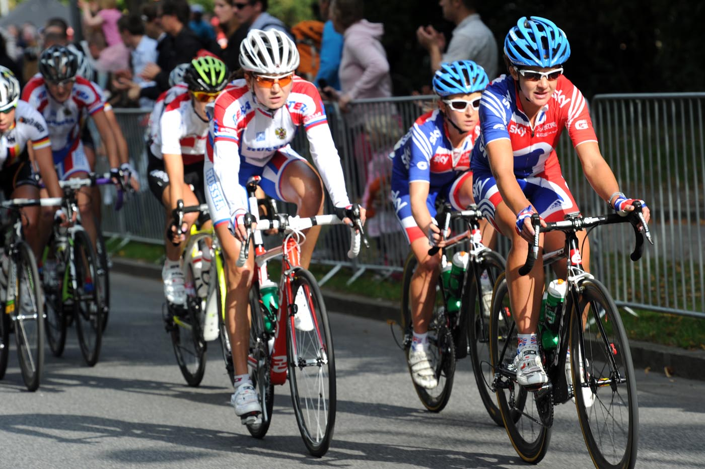 Great Britain leads chase, Road World Championships 2011