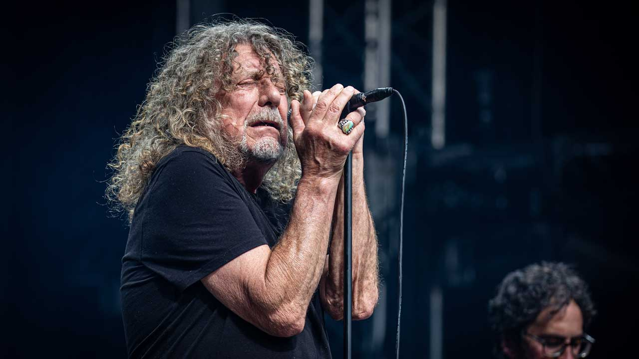 Watch Robert Plant sing Immigrant Song for the first time in 23